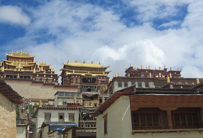 China enjoying golden era in travel as e-commerce soars